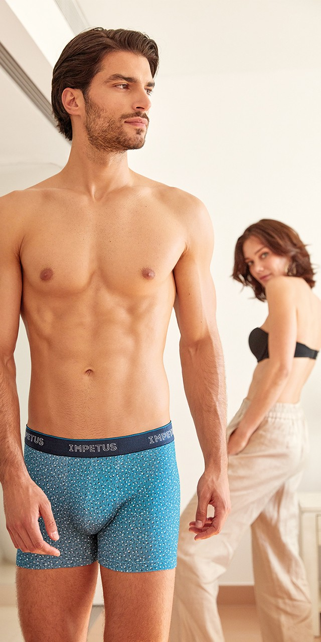 Blue men's boxers with reinforcement between the legs. Discover them at the Impetus online store