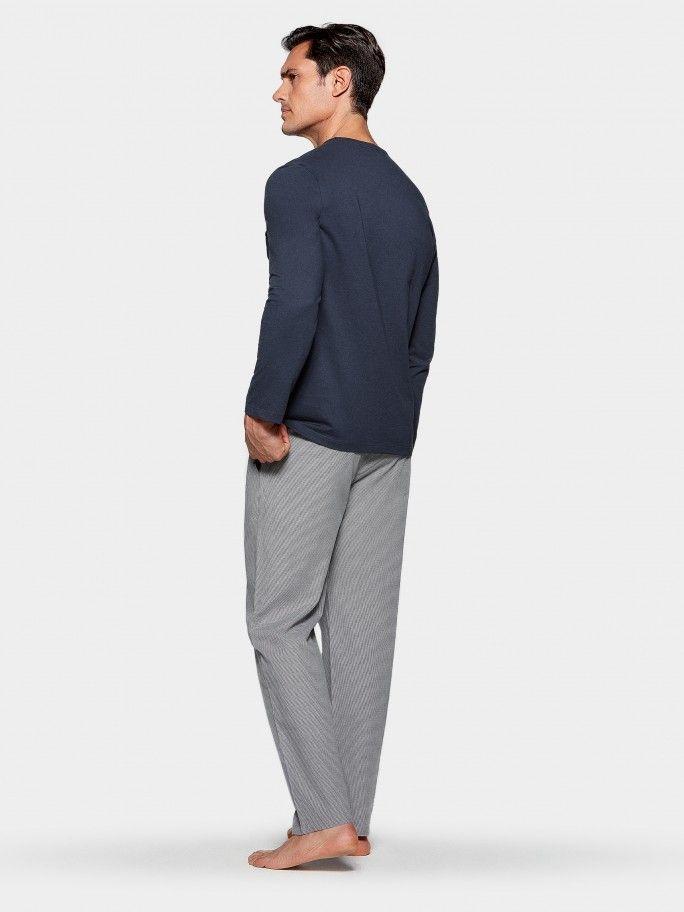 Pijama em Tela
