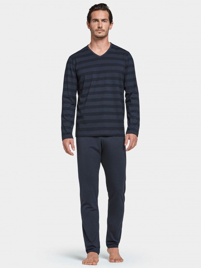 Pyjama Whistler